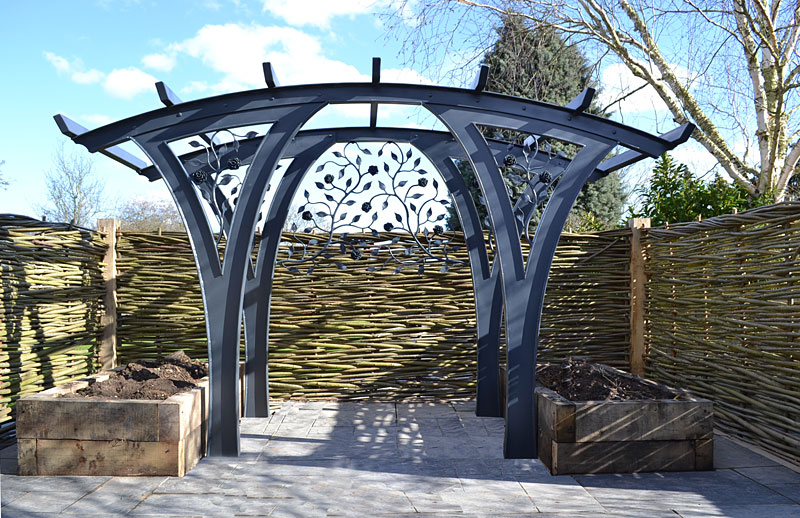 Garden shelter in steel, contemporary pergola, garden arch
