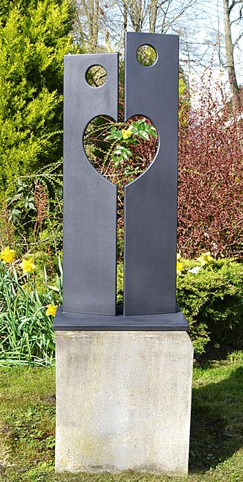 Garden Sculpture And Ornament In Metal, Tall Garden Sculptures