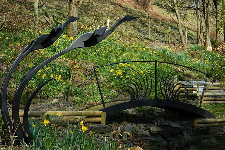 Garden bridge, ornamental bridge, metal bridge