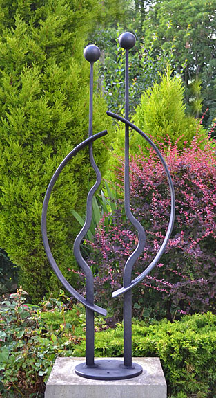 garden sculpture, abstact art, contemporay garden sculpture, figurative sculpture